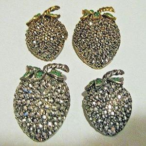 Vintage set 4 rhinestone Mara cite Strawberry Pins